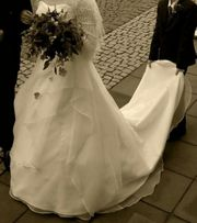 schönes Hochzeitskleid von Ladybird