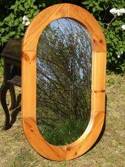 Großer Spiegel Kiefernholz Massivholzrahmen oval