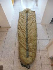 Originaler US Army Daunenschlafsack