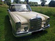 Mercedes-Benz - 220 SEb W111