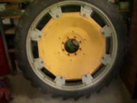1x Pflegereifen 9 5R-48 230: Kleinanzeigen aus Regenstauf - Rubrik Traktoren, Landwirtschaftliche Fahrzeuge