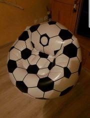 Aufblasbarer Fußballsessel
