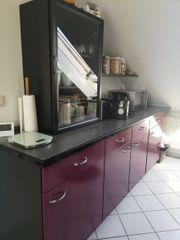 Küche in weinrot mit Siemens