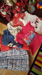 Flohmärkt kleiderpaket