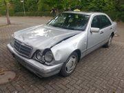 Unfallfahrzeug W210 E230