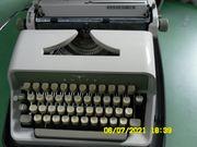 Adler Reiseschreibmaschine Junior 10
