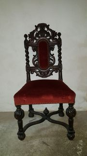 6 alte stylische Holzstühle abzugeben