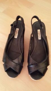 Plateau-Schuhe Keil-Sandalette schwarz von Buffalo -