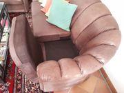 Hochwertige 3 sitzige Couch aus