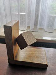 2 Buchstützen aus Holz