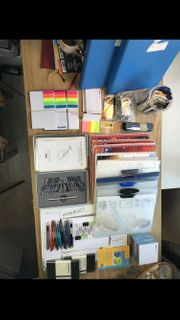 Büromaterial Blöcke Notizbücher Stifte Ordner