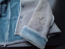 Leder-/Pelzbekleidung, Damen und Herren - Ausgefallene Damen Wildlederjacke mit hellblauen