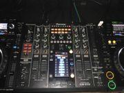 2 Pioneer CDJ 2000- und