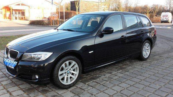 BMW 318i LCI Touring facelift