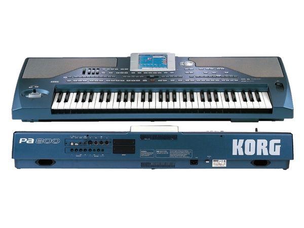 KORG Pa800 - neuwertig