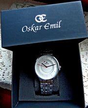 Ungetragene Design-Marken-Armbanduhr komplett aus Edelstahl