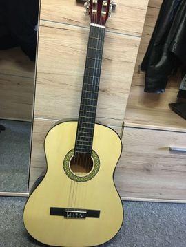 Gitarren/-zubehör - Gitarre mit Tasche