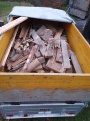 Brennholz an bedürftige
