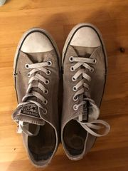 Sneaker ausgelatscht