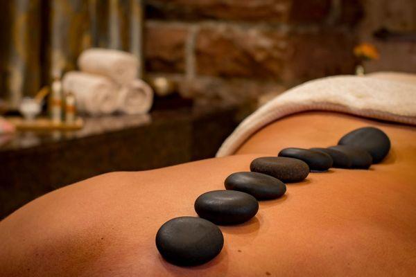 Hot Stone-Massage