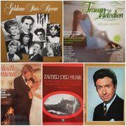5 Schallplatten-Boxen 15 Vinyl-LPs aus