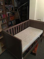 IKEA Sundvik Babybett mit Alvi