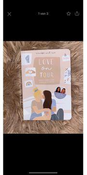 Love On Tour Buch