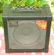 Verkaufe Gitarrenverstärker Roland 30 COSM