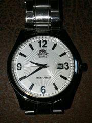 Orient Quartz Uhr Neu