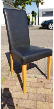 Kostenlos 4 Stühle abzugeben