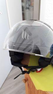 Motorradhelm neu mit neuer Abdeckung