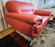 Traum in Rot neuwertige 2-Sitzer