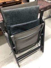 Gartenstühle mit Auflage je Stück