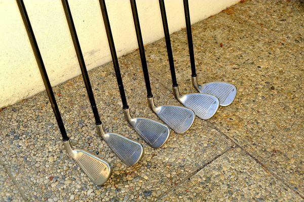 Golf Eisensatz Damen Linkshand, Callerway X18