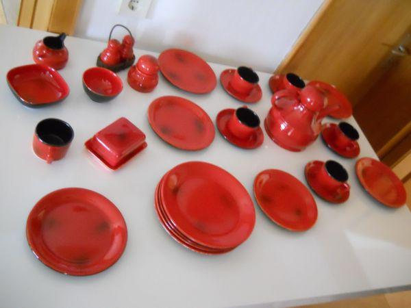 Rotes Steingut Geschirr 29 Teile