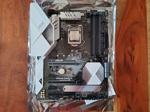 Intel I7 9700K inkl Asus