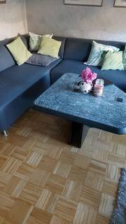 Verkauf einer Couch eines Marmortisches