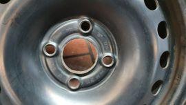 Bild 4 - VW Up Räder mit Radkappen - Obersulm