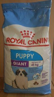 Royal Canin Giant Puppy- Welpentrockenfutter
