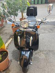 Retro-Roller 125ccm Alpha motors Firenze