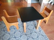 Stabiler Kindertisch mit Stühlen Buche