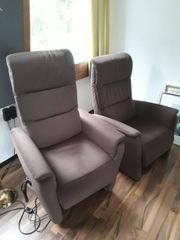 2 elektrische Sessel