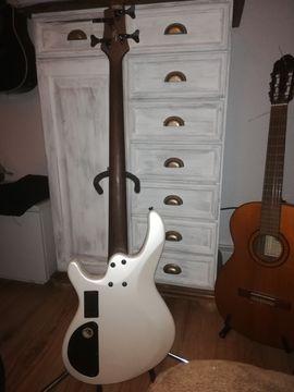 Gitarren/-zubehör - Bass Cort Artisan C4H white