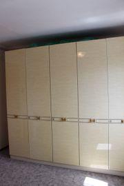 Retro Schlafzimmerschrank und Frisierkommode