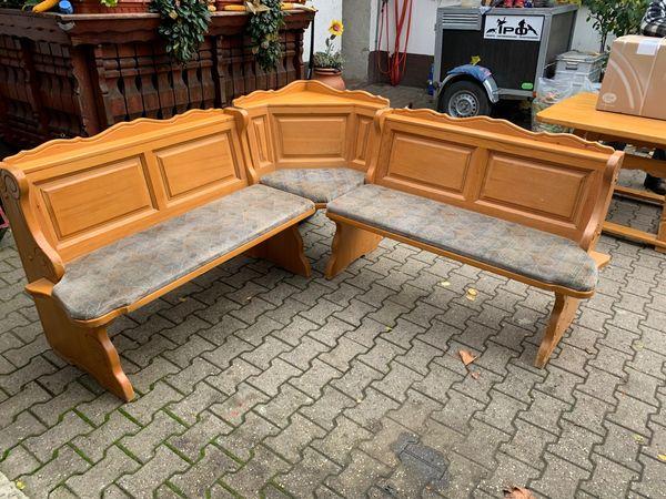 Eckbank Mit Tisch Und 2 Stühlen Holz In Oberhausen