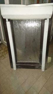 Badfenster mit Rollo 68 breit