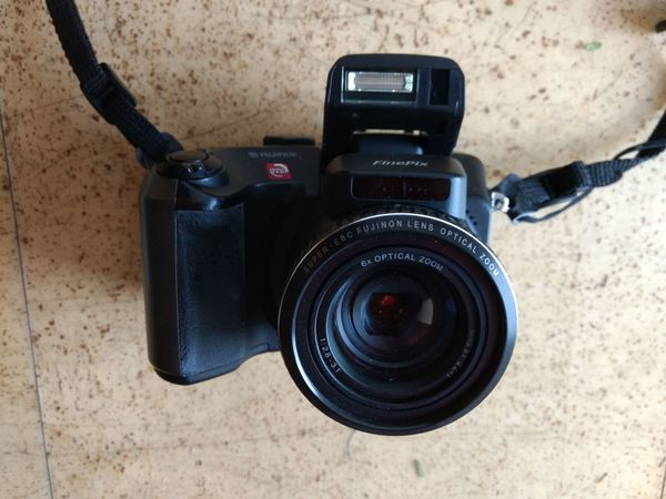 Fuji Finepix S602 Zoom
