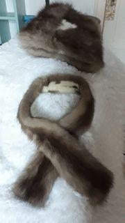 Pelzmütze und Schal aus Marderfell