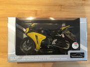 Neu in Originalverpackung - Honda CBR