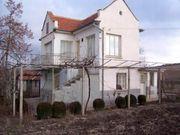 BULGARIEN Ein 2-stöckiges Haus mit